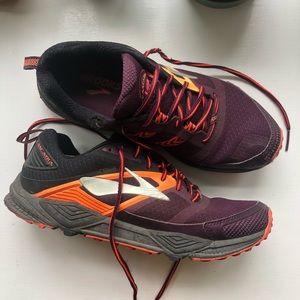 Brooks Cascadia Running Shoe